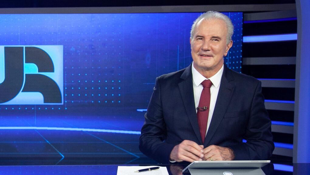 Celso Freitas no Jornal da Record (Foto: Divulgação)