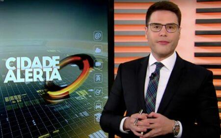 Repórter Luiz Bacci na Record (Foto: Reprodução)
