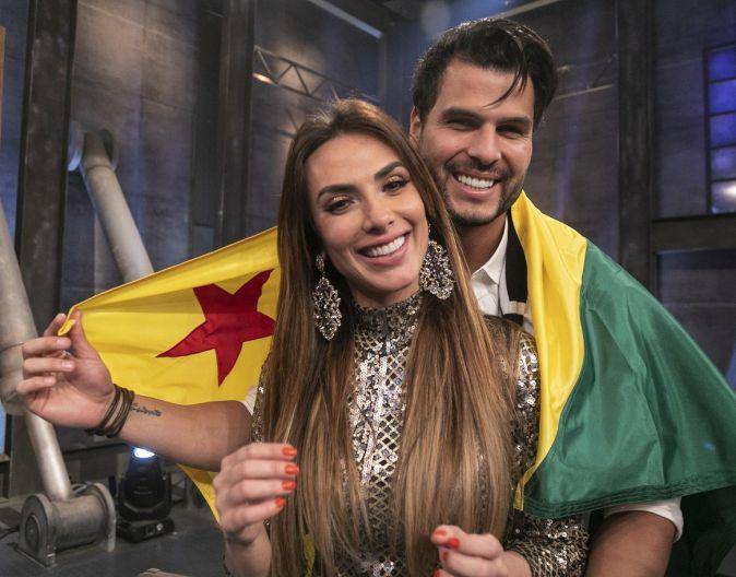 Nicole Bahls e Marcelo Bimbi foram os campeões do Power Couple Brasil 4 (Reprodução)