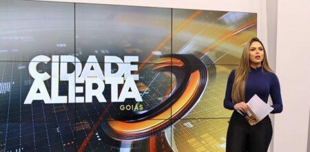 Silvye Alves voltou ao comando do Cidade Alerta, na RecordTV (Reprodução/Instagram)