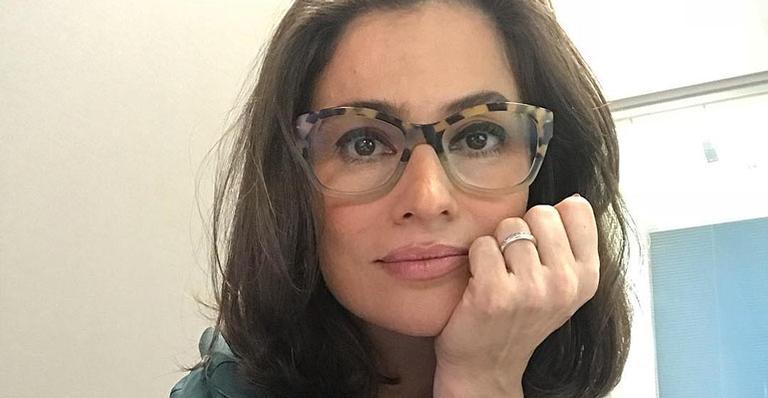 Renata Vasconcellos permanece afastada do JN mesmo testando negativo para a Covid-19