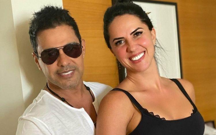 A noiva do cantor sertanejo Zezé, Graciele mostra corpão na internet (Foto: Reprodução)