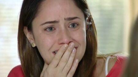 A Vida da Gente: Sem poder doar fígado para Júlia, Ana se desespera (Reprodução/Globo)