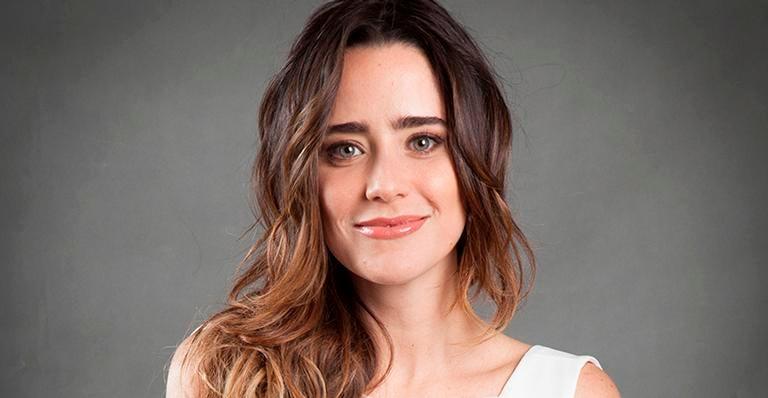 Rafael Cortez da a entender que já 'namorou' com a famosa atriz da Globo, Fernanda Vasconcellos em 2013 (Foto: Reprodução)