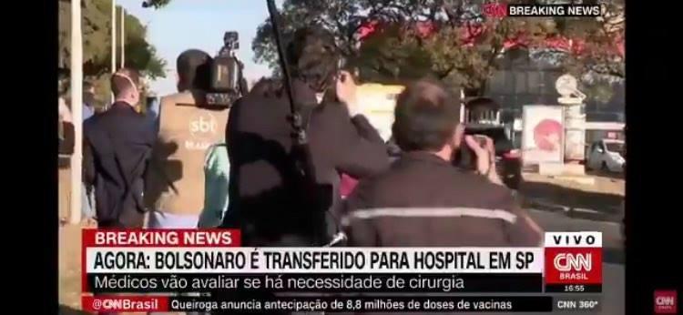 Jornalista da CNN comete gafe ao vivo e diz que presidente Bolsonaro está sendo enterrado