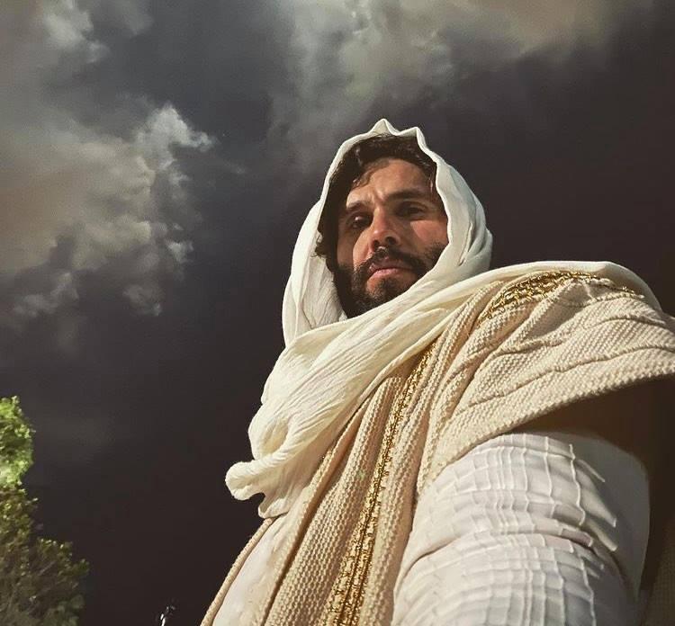 Protagonista de Jesus, da Record, Dudu Azevedo termina casamento e deixa a emissora