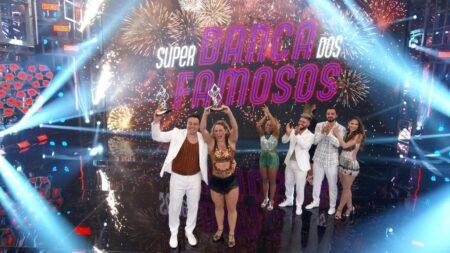 Paolla Oliveira e Leandro Azevedo vencem o Super Dança dos Famosos (Foto: Reprodução/Globo)