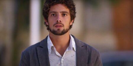 Encurralado, Rodrigo finalmente escolherá entre Ana e Manuela em A Vida da Gente (Foto: Reprodução)