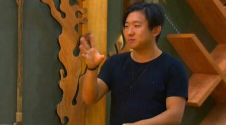 Pyong Lee no Ilha Record (Foto: Reprodução)