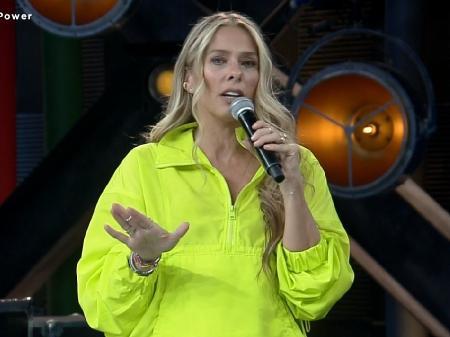 Adriane Galisteu ganha da Globo com A Fazenda 13 pelo segunda dia consecutivo (Foto: Reprodução)