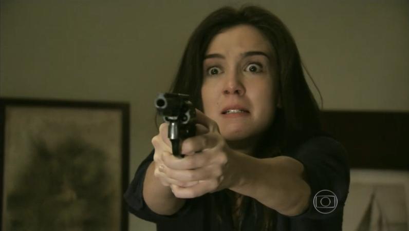 Império: Reginaldo tenta agredir Cora, mata Jurema e acaba sendo morto a tiros