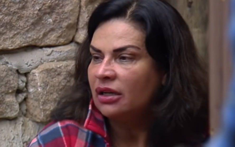 A Fazenda 13: Solange dá aviso para Rico após briga: 'Não vou ficar ouvindo calada'