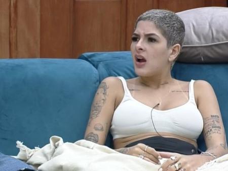 A Fazenda 13: Fora do reality, Lary nega que Gui Araújo seja mitomaníaco: 'Está carente'
